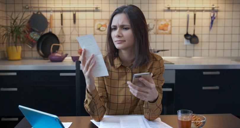 Blog DEUcrédito - 5 erros de planejamento financeiro que te deixam no vermelho